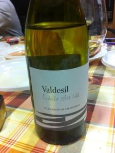 Vino blanco Valdesil Godello sobre lías