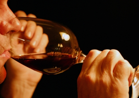 how-to-smell-wine