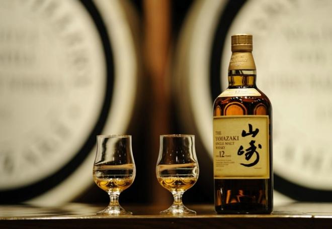 Yamazaki-Single-Malt-Sherry-Cask-2013-_Fotor